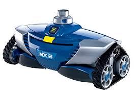 robot piscina con aspirazione meccanica